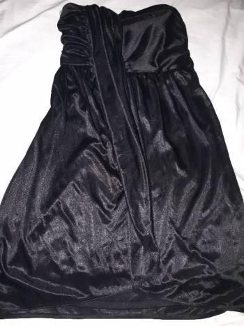 Foto Carousel Producto: Vestido negro corto 2×200 GoTrendier