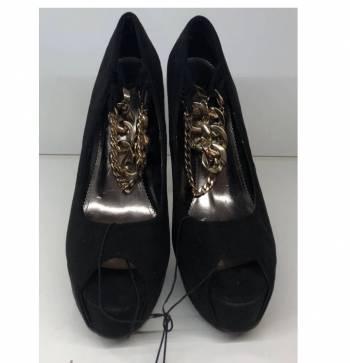 Foto Carousel Producto: Zapatillas con cadenas GoTrendier