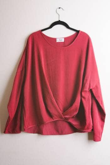 Foto Carousel Producto: Blusa holgada roja GoTrendier