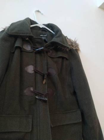 Foto Carousel Producto: Hermoso abrigo verde  GoTrendier