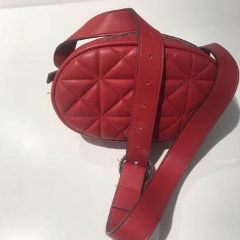 Foto Carousel Producto: Cangurera comoda y util (tengo 2 piezas) GoTrendier