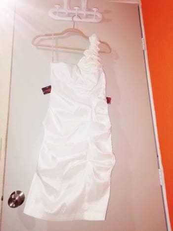 Foto Carousel Producto: Vestido Liz Minelli  GoTrendier