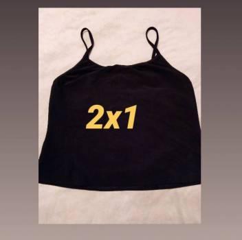 Foto Carousel Producto: Blusa beige +blusa negra licra  GoTrendier