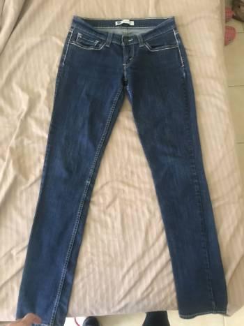 Foto Carousel Producto: Levis jeans GoTrendier