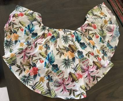 Foto Carousel Producto: Blusa campesina con flores  GoTrendier