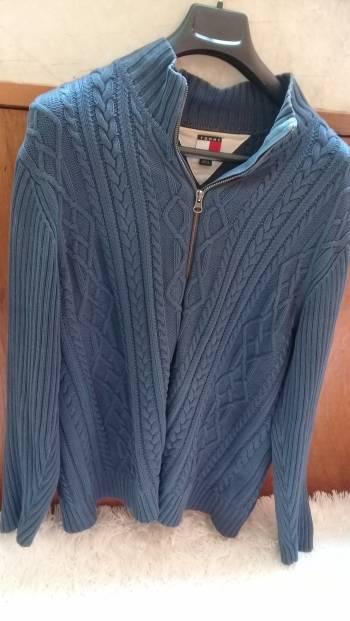 Foto Carousel Producto: Suéter azul Tommy Hilfiger L GoTrendier