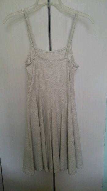 Foto Carousel Producto: Vestido gris NUEVO GoTrendier
