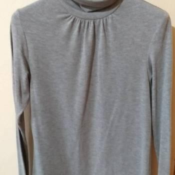 Foto Carousel Producto:  blusa cuello alto GoTrendier