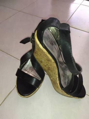 Foto Carousel Producto: Bonitos zapatos de plataforma GoTrendier