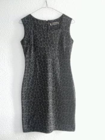 Foto Carousel Producto: Vestido animal print DUO WOMAN (color gris) GoTrendier