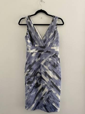 Foto Carousel Producto: Hermoso vestido Ann Taylor  GoTrendier