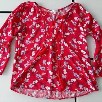 Foto Carousel Producto: Blusa floreada nueva GoTrendier