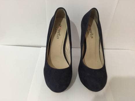 Foto Carousel Producto: Zapatillas azul marino de gamuza GoTrendier