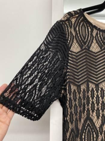 Foto Carousel Producto: Vestido encaje negro GoTrendier