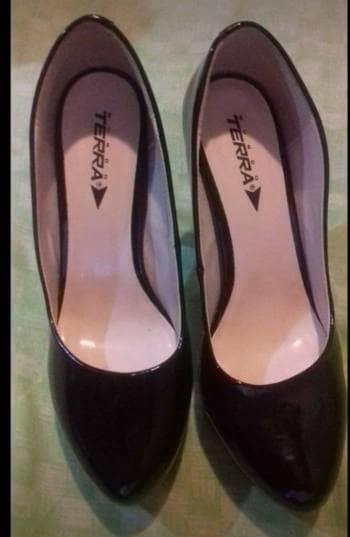 Foto Carousel Producto: Hermosas zapatillas marca terra del # 25. GoTrendier