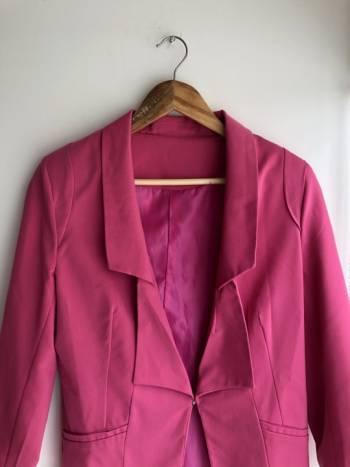 Foto Carousel Producto: Blazer rosa mexicano GoTrendier