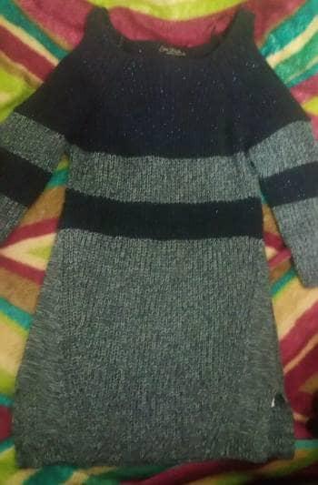 Foto Carousel Producto: Suéter 3/4 con hombros descubiertos GoTrendier