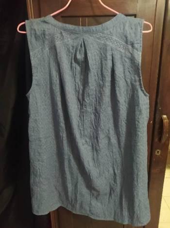 Foto Carousel Producto: Blusa tipo blusón de mezclilla talla S GoTrendier
