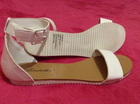 Foto Carousel Producto: Sandalias blancas casuales Breackell's GoTrendier