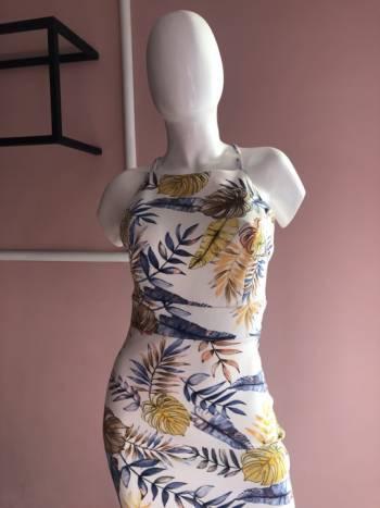 Foto Carousel Producto: Hermoso vestido estampado floreado GoTrendier