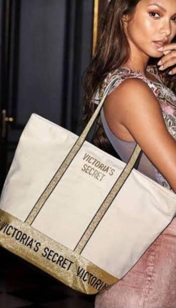 Foto Carousel Producto: Bolso Victoria Secret GoTrendier