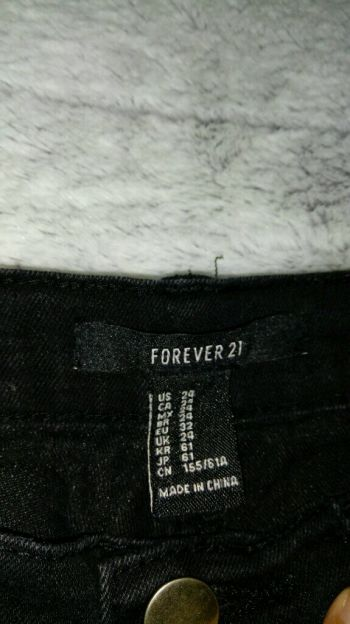 Foto Carousel Producto: Jeans Negros Forever 21 GoTrendier