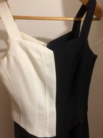 Foto Carousel Producto: Vestido biege con negro GoTrendier