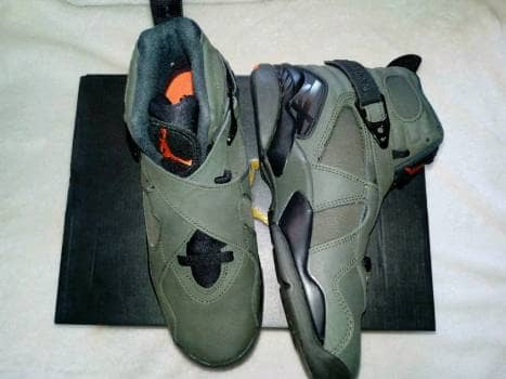 Foto Carousel Producto: Jordan Retro 8 Take Flight GoTrendier