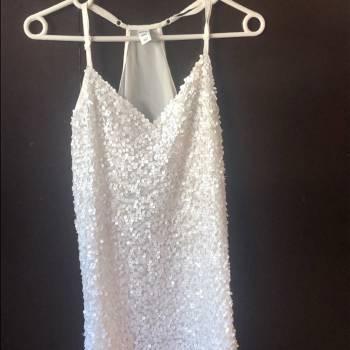 Foto Carousel Producto: Blusa blanca halter de lentejuelas GoTrendier