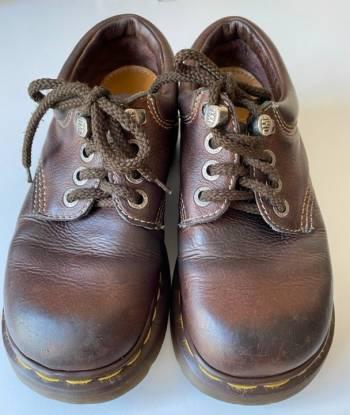 Foto Carousel Producto: Zapatos Dr. Martens cafe GoTrendier