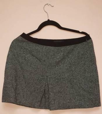 Foto Carousel Producto: Mini falda Guess Collection GoTrendier