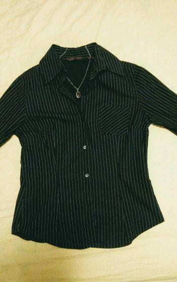 Foto Carousel Producto: Camisa negra formal con rayas 2x1 GoTrendier