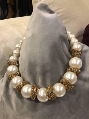 Foto Carousel Producto: Collar de perlas gigante GoTrendier