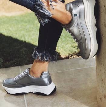 Foto Carousel Producto: Chunky sneakers! GoTrendier