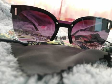 Foto Carousel Producto: Ally kitten sunglasses by oriflame GoTrendier
