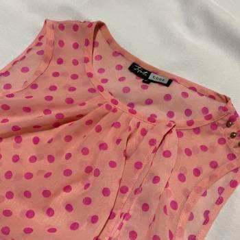 Foto Carousel Producto: Blusa lunares GoTrendier