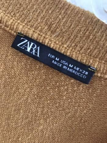 Foto Carousel Producto: Suéter amarillo de Zara GoTrendier