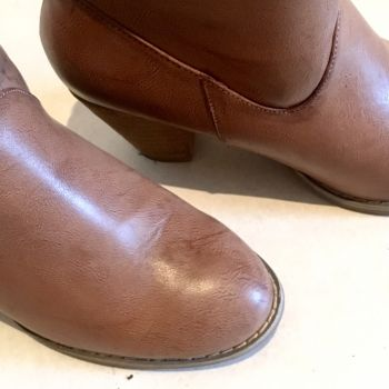 Foto Carousel Producto: Chunky heel Booties GoTrendier