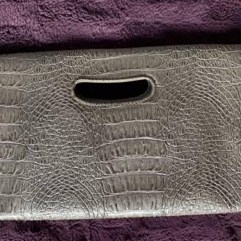 Foto Carousel Producto: Clutch elegante nine west plateado GoTrendier