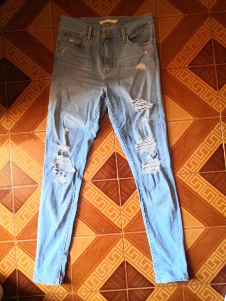 Jeans Rotos Levi S Mujer De Segunda Mano Gotrendier