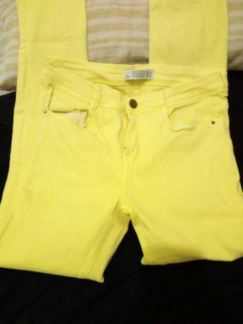 Foto Carousel Producto: Jeans entubados de zara  GoTrendier