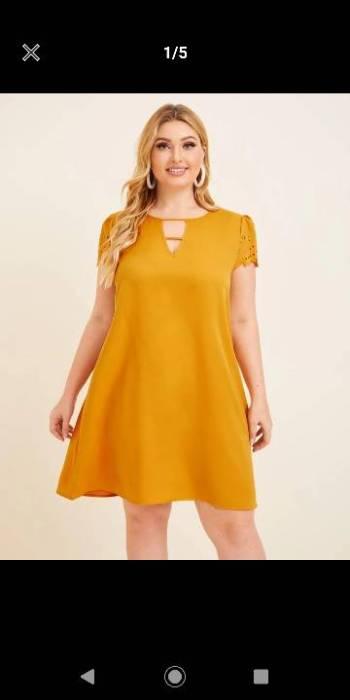 Foto Carousel Producto: Vestido Shein color mostaza. Empaquetado GoTrendier