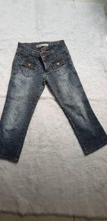 Foto Carousel Producto: Capri Sexy Jeans  GoTrendier