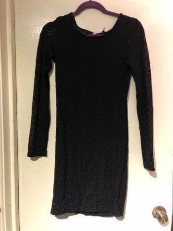 Foto Carousel Producto: Vestido de encaje negro GoTrendier