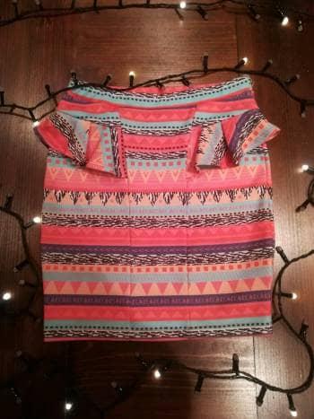 Foto Carousel Producto: Falda a la cintura tipo lápiz GoTrendier