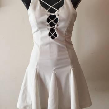 Foto Carousel Producto: Vestido blanco/beige DISPONIBLE!! GoTrendier