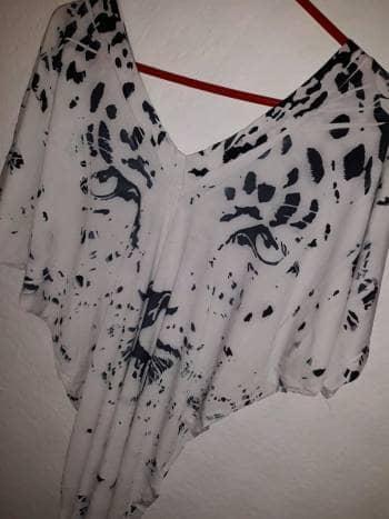 Foto Carousel Producto: Bluson blanco leopardo GoTrendier