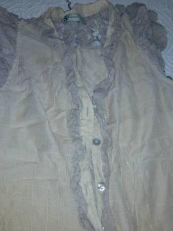 Foto Carousel Producto: Blusa ligera hermosos detalles encaje GoTrendier