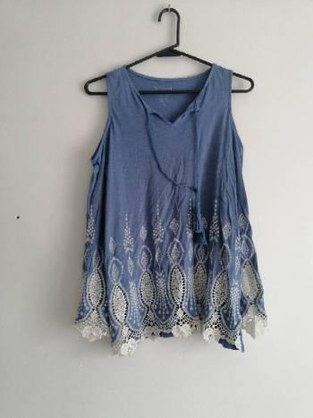 Foto Carousel Producto: Blusa azul hombros libres GoTrendier