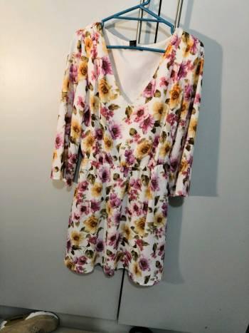 Foto Carousel Producto: Vestido casual estampado de flores GoTrendier